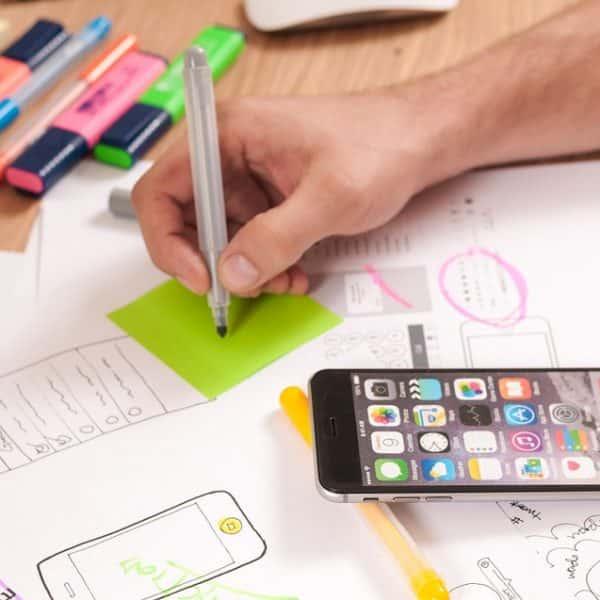 Design - Travail en cours d'un webdesigner
